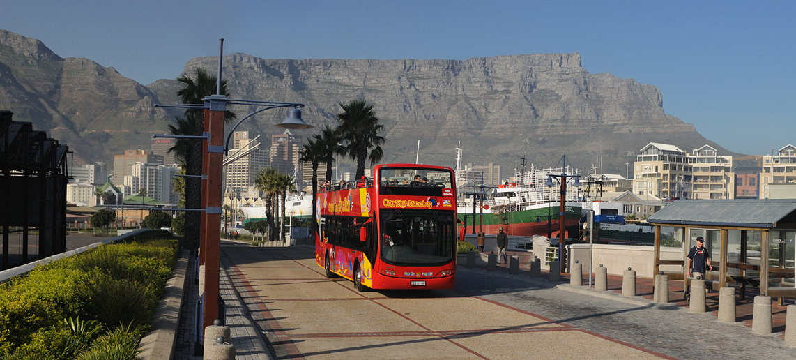 05-Red-Bus1